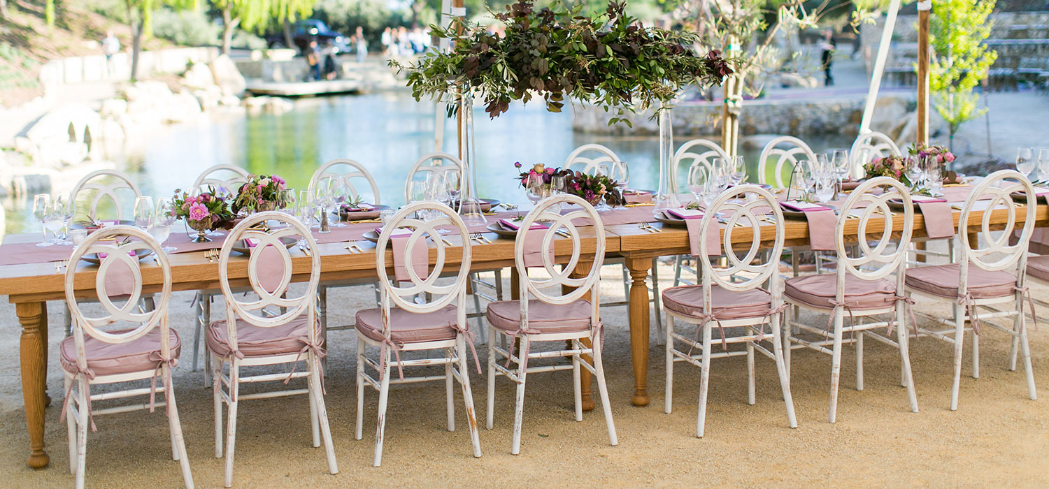 slider-outside-pink-chairs-all-about-events1500